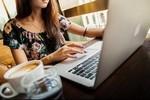 Как заработать на том, если просто подписываться, «репостить» и «лайкать» на чужие аккаунты, группы и каналы
